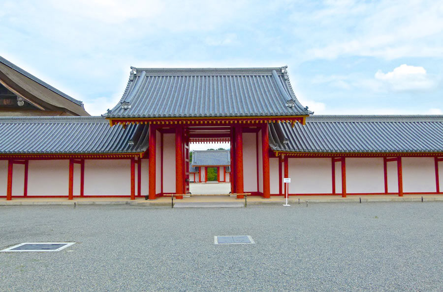 Things to do in Kyoto: Visit the Imperial Palace.