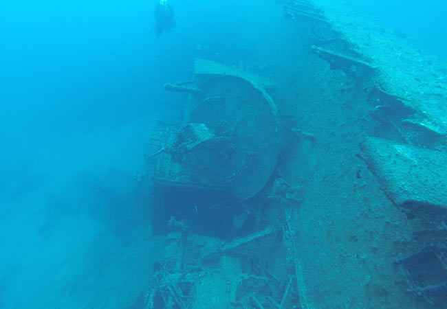 Scuba dive Okinawa: USS Emmons