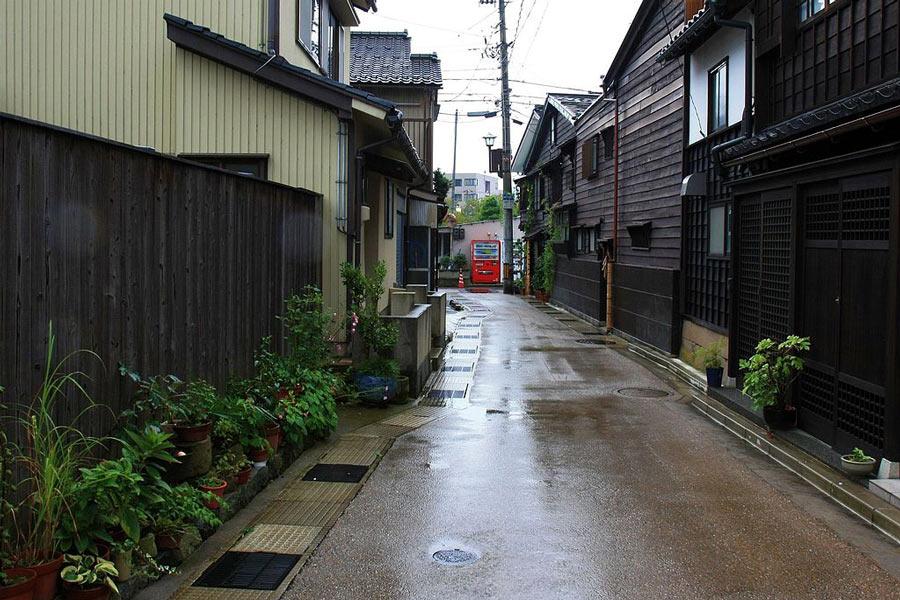 Kanazawa Geisha Districts: Higashi Chaya-Gai