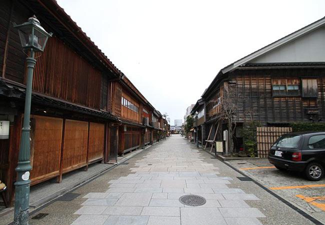Kanazawa Geisha Districts: Nishi Chaya-Gai