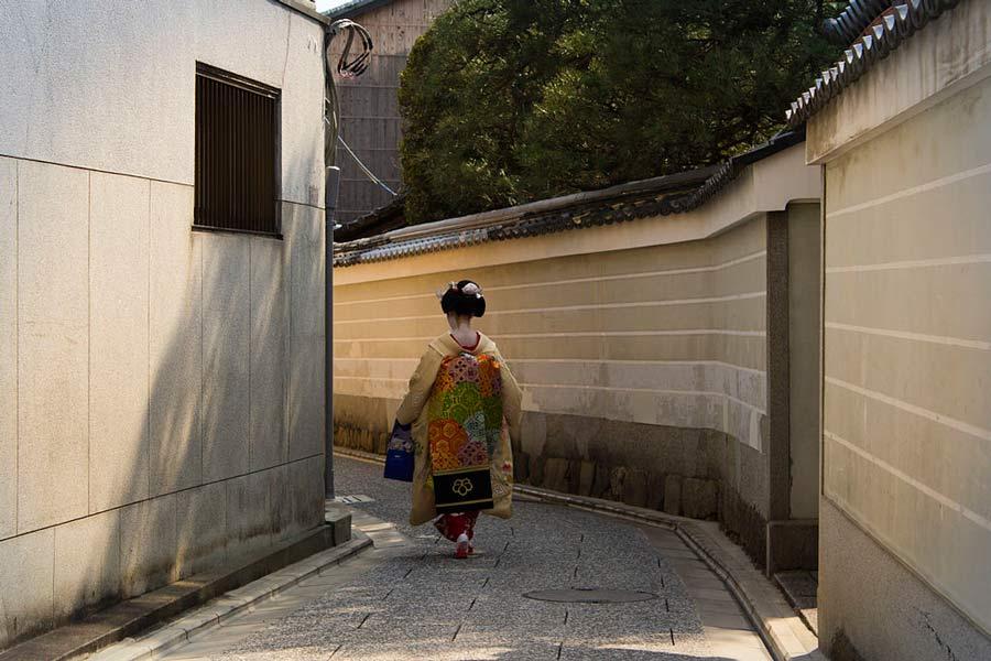 Kyoto Geisha Districts: Kamishichiken District