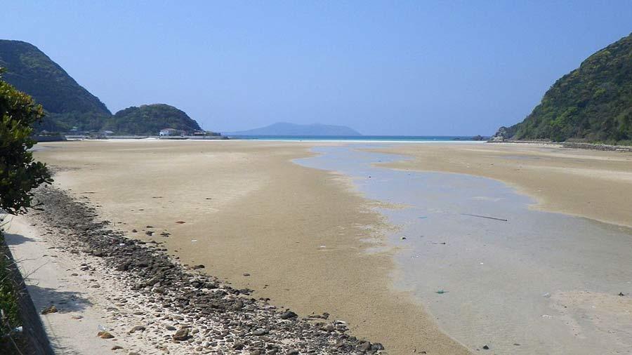 Tontomari Beach