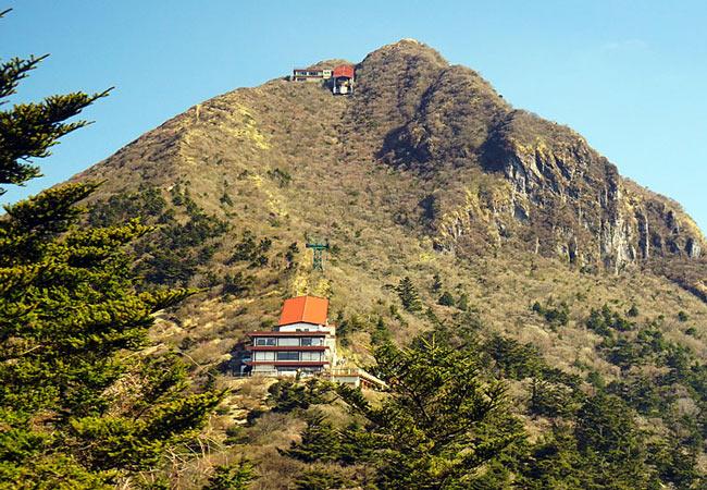 Mount Unzen ropeway.