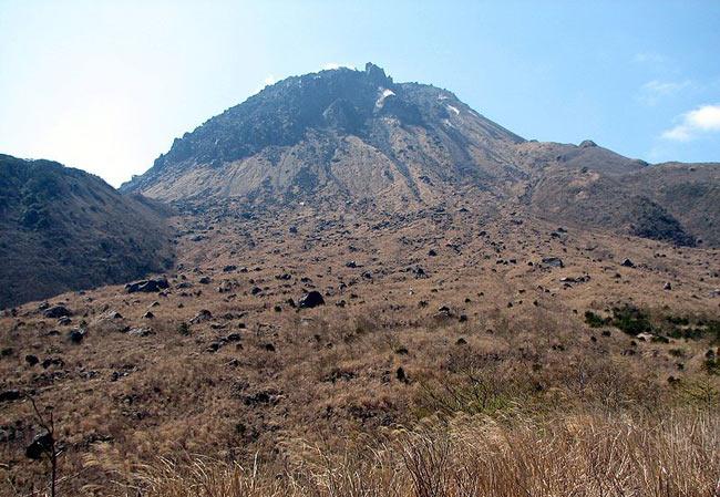 A view of Fugendake, Mount Unzen.