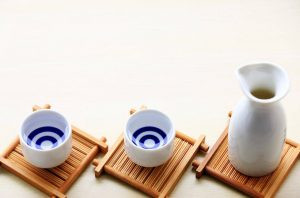 How to heat sake