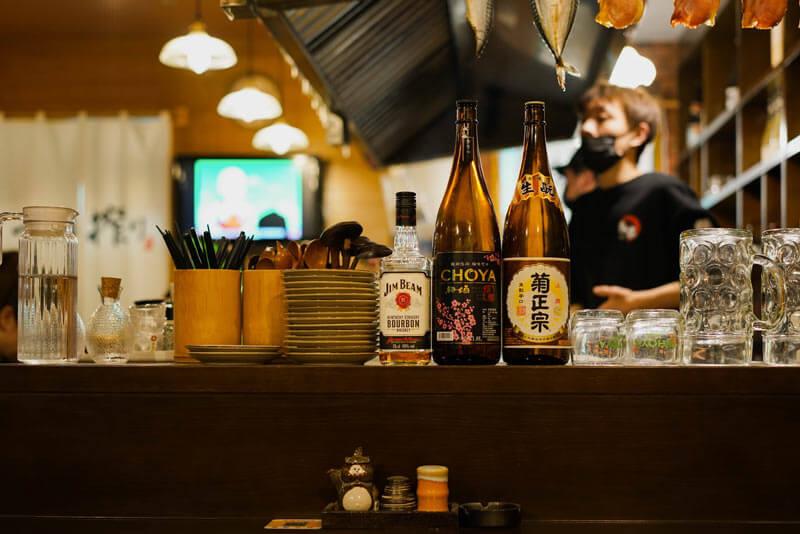 Sake tasting tours in Osaka.