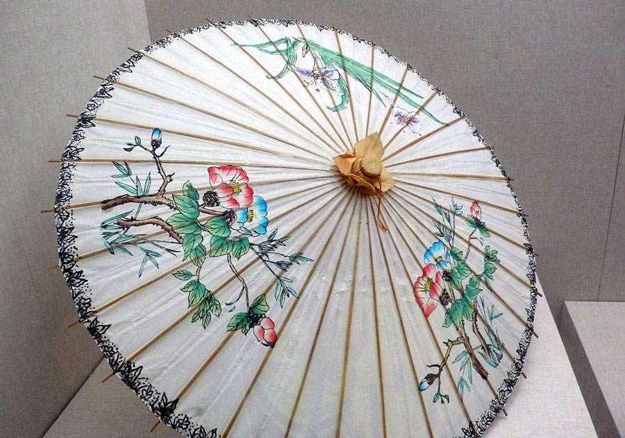 Oil paper umbrella used by geisha