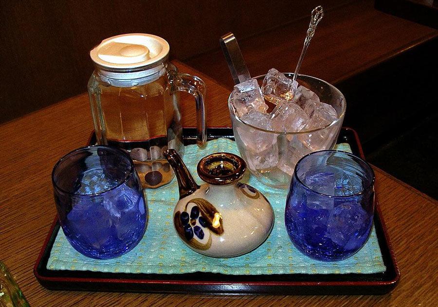 How to drink awamori