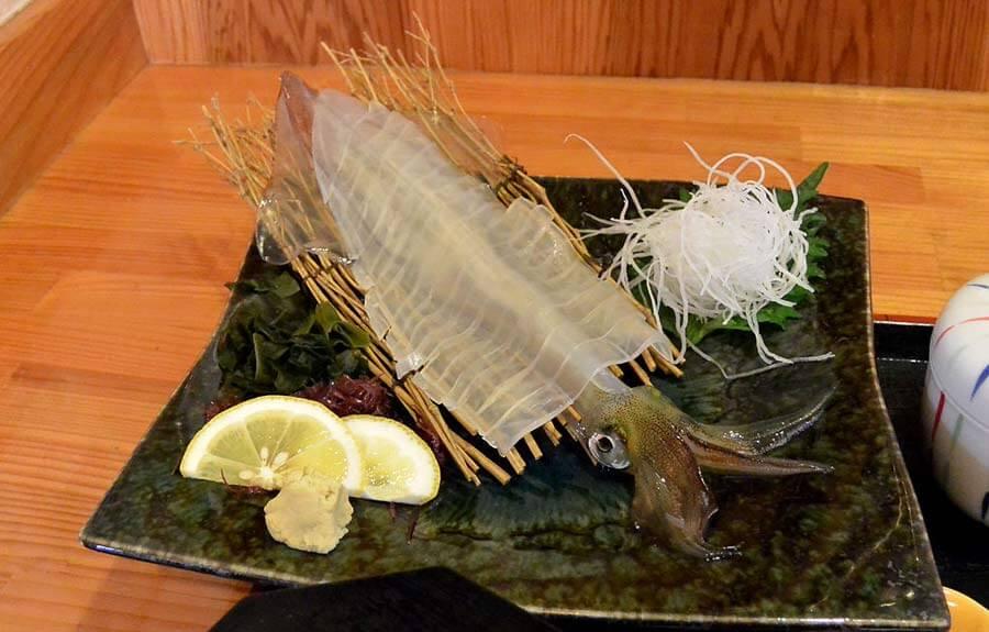 Ika sashimi