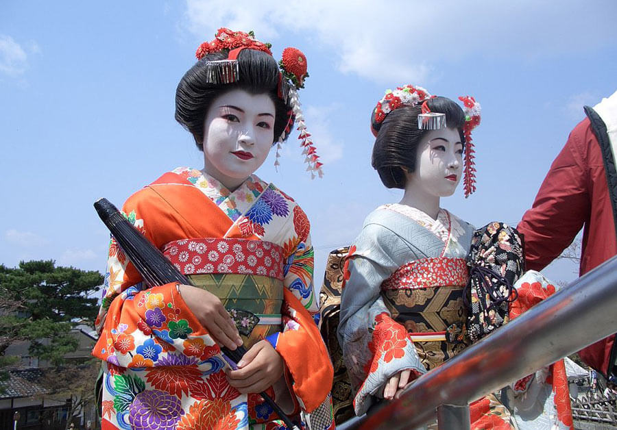 Two maiko's in Kyoto