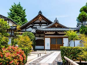 Temple stays in Kyoto