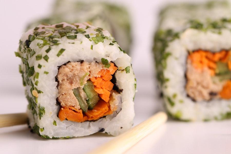 Sushi vs Sashimi: Sushi
